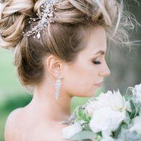 букет невеста прическа украшение серьги