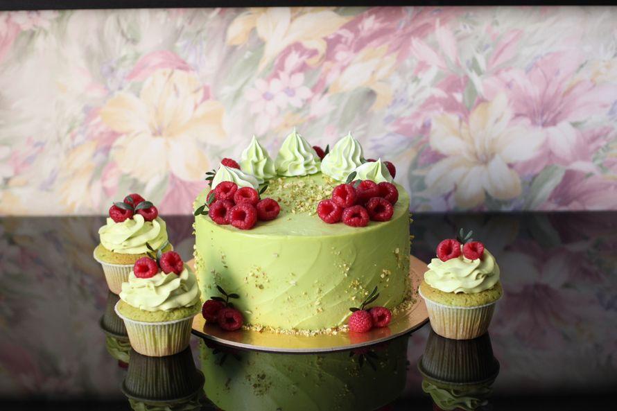 Торт Фисташковый, цена за 1 кг