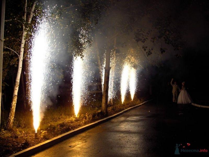 """Уличные фонтаны - фото 33501 """"Пиролюкс"""" - фейерверки на любой вкус"""