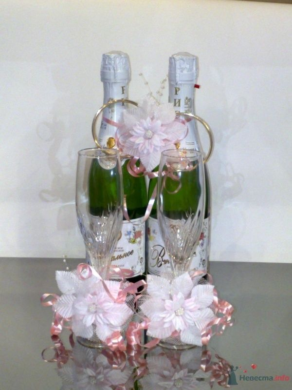 """Украшение на шампанское - фото 33068 Компания """"Стильная Свадьба"""""""