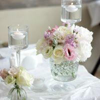 стол молодых, свечи, свечи в воде, нежный декор, много свечей