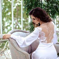 """Эксклюзивное будуарное платье """"Флоренция"""".  Свадебное будуарное платье для девушек, способных оценить роскошь шелка, ручную расшивку спинки и гармонию в каждой детали этого наряда.   Материал: мягкий шелк  Отделка: расшитое кружево, ручная вышивка на спин"""
