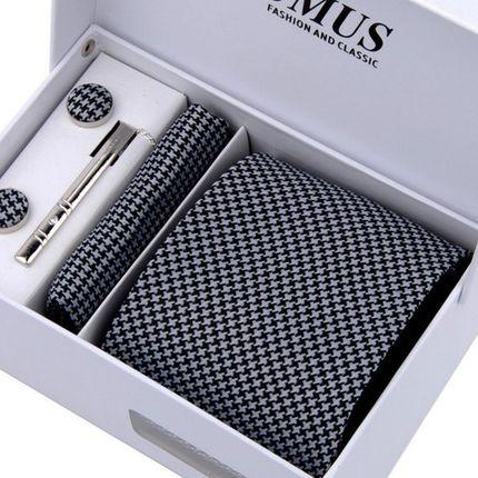 Комплект: галстук, запонки, платок в крестик
