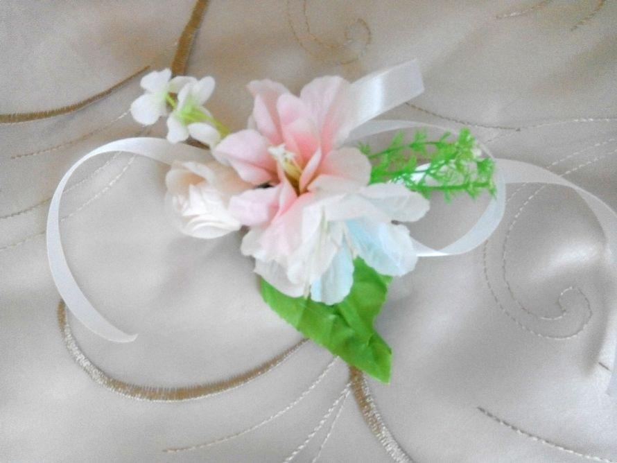 Красота создаёт воспоминания и впечатление. А детали создают красоту... Вот такой браслетик для подружки нашей невесты... - фото 14103622 Оформитель Лия Эмирова