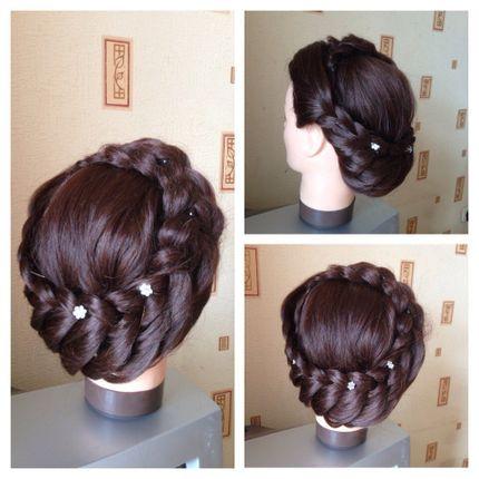Причёска для длинных волос Гречанка