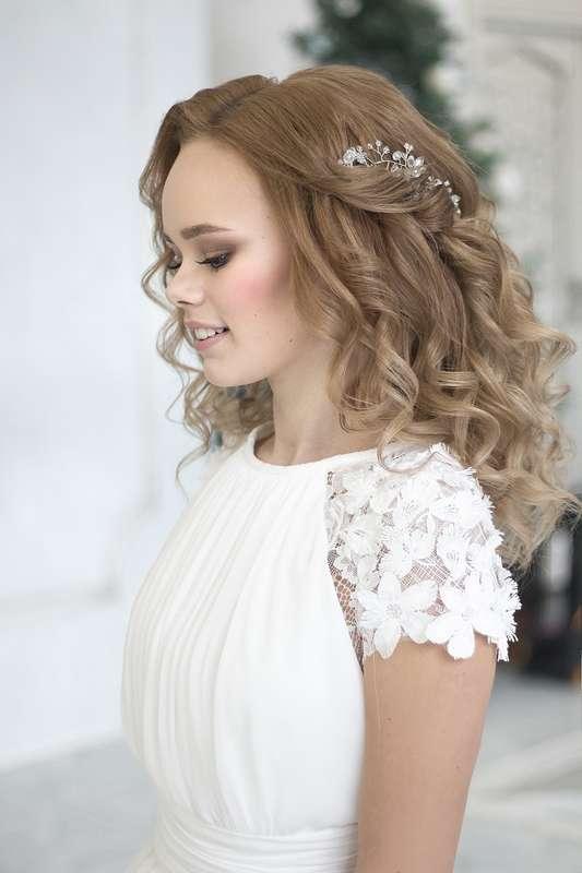 Фотограф:  Невеста:  Визаж и прическа: я Платье:  - фото 16551740 Стилист Екатерина Харченко