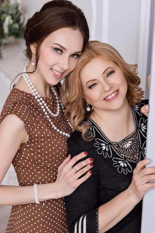 Людмила и Елена Фотограф  Макияж и прическа я - фото 16551826 Стилист Екатерина Харченко