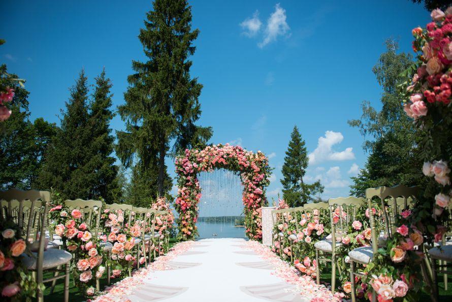 Церемония на природе Фотограф: Лилия Горланова - фото 14904168 Аренда декора Bazar decor