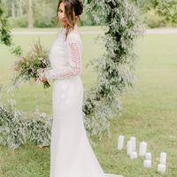 Платье Мерида цвет - молоко р-р 38-54 стоимость 33000 руб