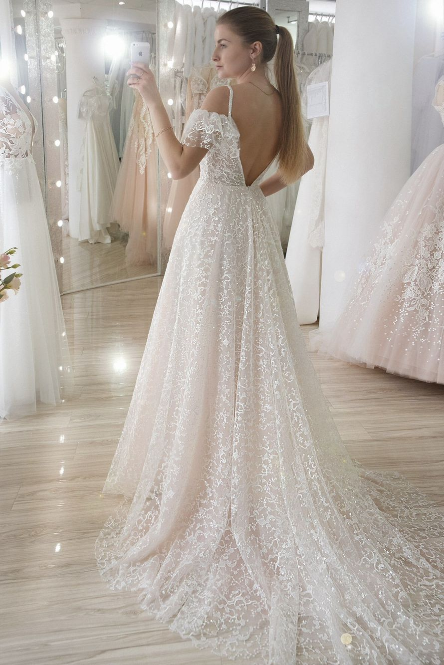 Фото 17630844 в коллекции Портфолио - Kiss - салон свадебной и вечерней моды