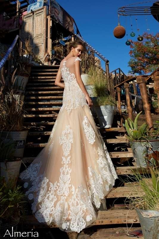 Фото 17585936 в коллекции SOLTERO|CARAMEL - Pauline - салон вечернего и свадебного платья