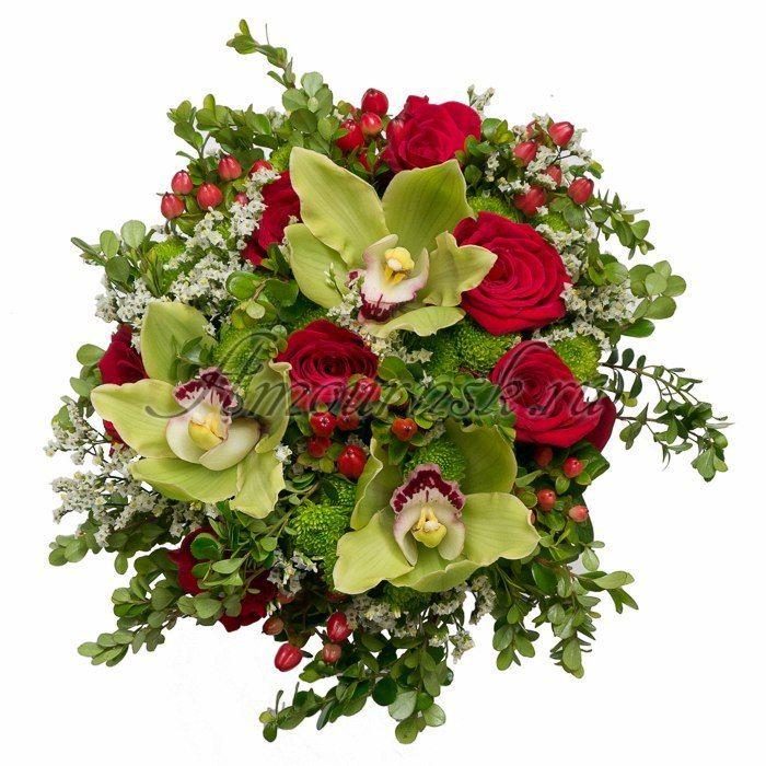 Цветов гофрированной, букет с бордовой розой и зеленой орхидеей