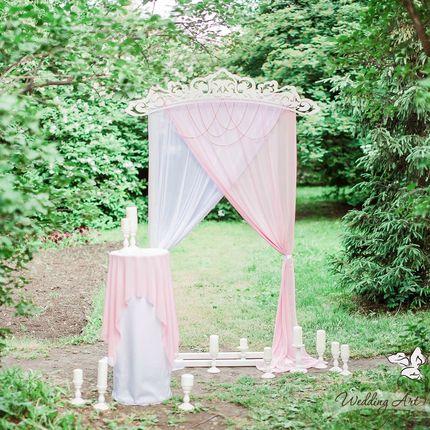 Аренда арки в нежном розовом цвете