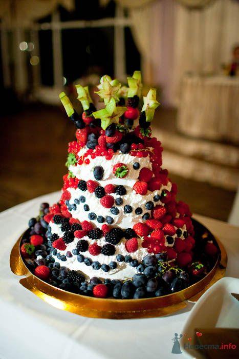 Торт целиком из свежих ягод, как хотела невеста - фото 80326 Вашкетова Юлия - организатор свадеб, флорист.