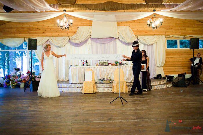 Оформление ресторана тканями и лентами.  - фото 80329 Вашкетова Юлия - организатор свадеб, флорист.