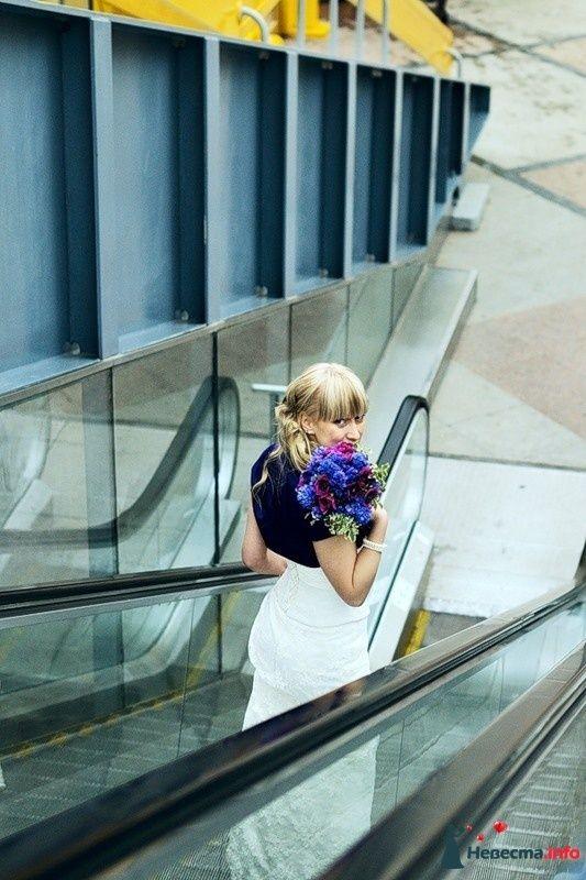 Фото 102501 в коллекции Портфолио. Прогулка с Наташей. 30.04.2010 - Вашкетова Юлия - организатор свадеб, флорист.