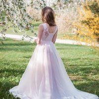 Свадебное платье: Сакура. Дизайнеры: Александра Примера и Людмила Одайник.