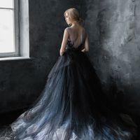 Свадебное платье: Калипсо Ночь. Дизайнеры: Светлана Русецкая и Карина Буланенко. Фотограф: Анна Шуйская.