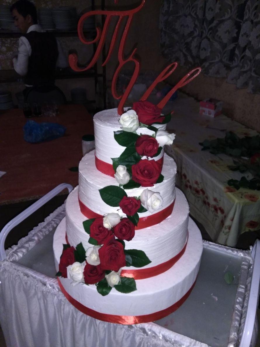 4 ярусный торт - фото 15210958 Кондитерская SMcake