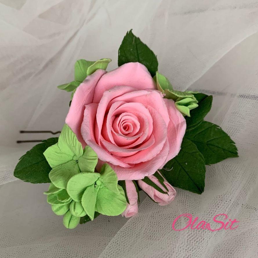 Шпилька с цветами роза и гортензия зеленая