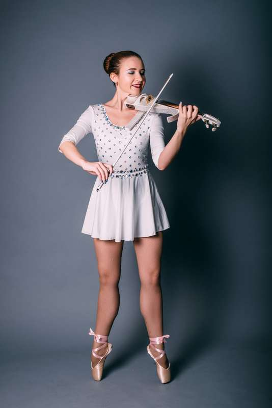 Фото 16730402 в коллекции Евгения Мальцева - Евгения Мальцева - скрипичное шоу