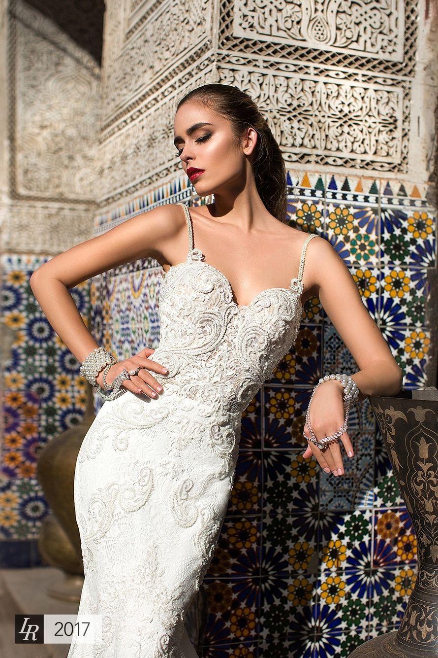 Платье Aisa