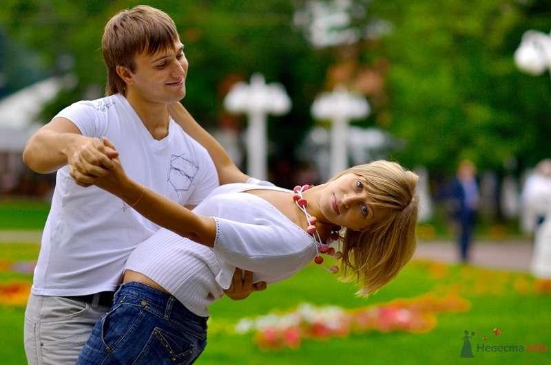 Фото 40244 в коллекции Love Story Виталий и Надежда Сад Эрмитаж - Геннадий Котельников - видео и фотоуслуги