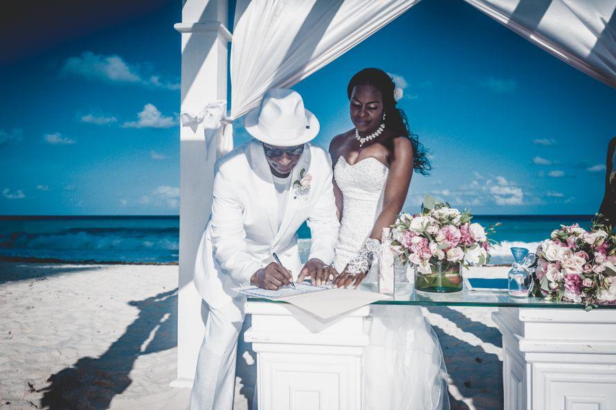 Фото 15681312 в коллекции Свадьба в Канкуне, отель Secrets the Vine - Фотосъёмка Aroma Photo