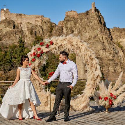 Декор локации для выездной свадьбы