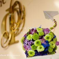 Свадебная композиция из цветов