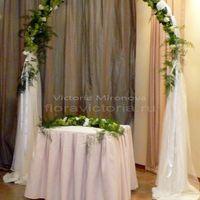Свадебная арка, выездная регистрация брака в ресторане