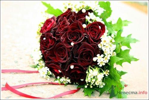 """букет невесты из розы black baccara - фото 1439 Мастерская флористики """"Bouton"""""""