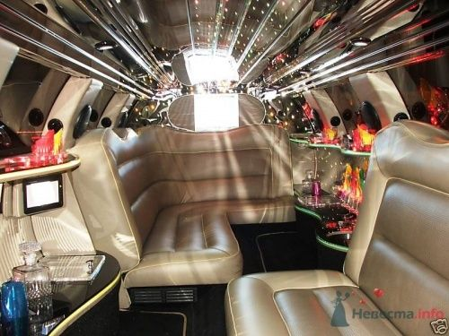 LincolnTowncar-салон-02 - фото 1436 Limo-Olimp - аренда лимузина