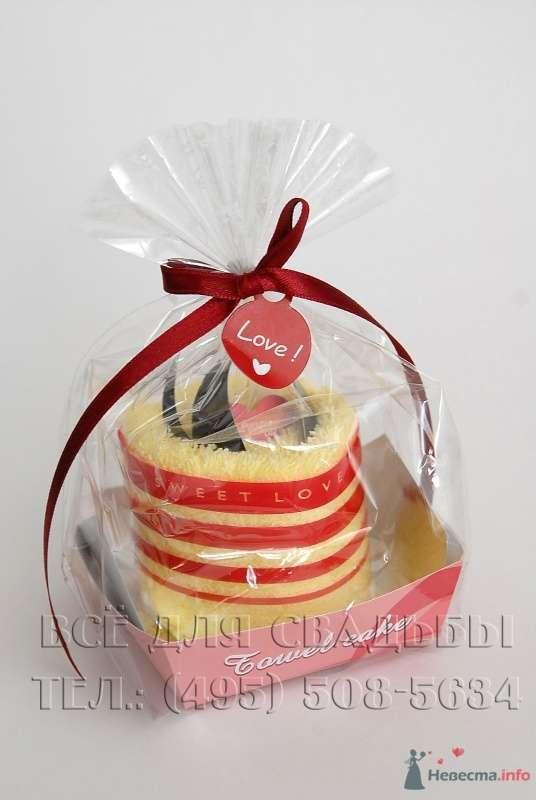 """Подарок для гостей. Махровое полотенце оформленное в виде пирожного. - фото 50113 """"Все для свадьбы"""" - салон аксессуаров и услуг"""