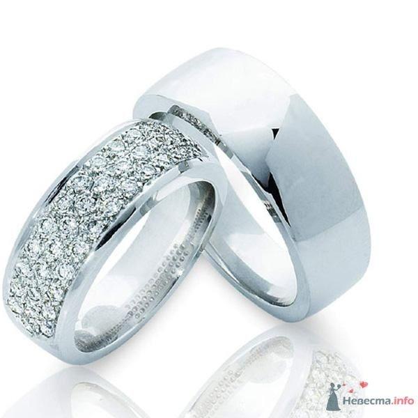 Обручальные кольца из белого золота, с россыпью драгоценных камней на - фото 48455 Евгения Лав
