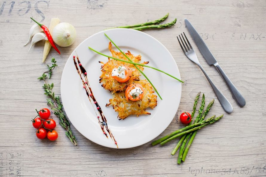"""Драник с лососем и сливочным сыром - фото 17144576 Банкетный зал """"Provence"""""""