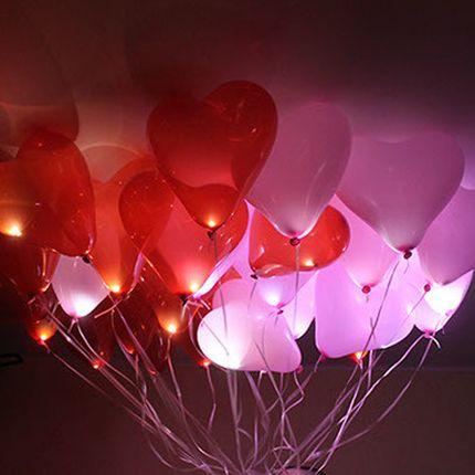 Светящиеся гелиевые шары в форме сердца