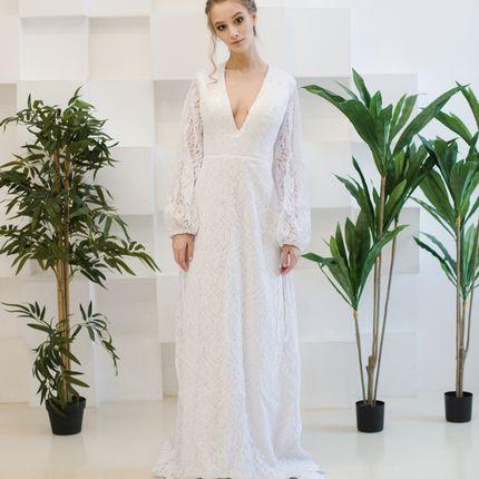Платье длинное с рукавом