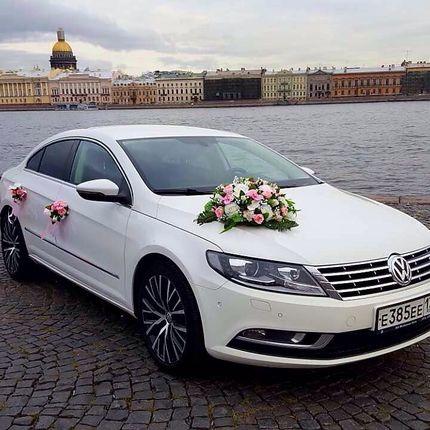 Аренда белого Passat CC с водителем на свадьбу