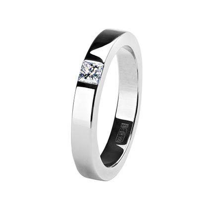 Обручальное кольцо из платины с 1 бриллиантом, 3 мм