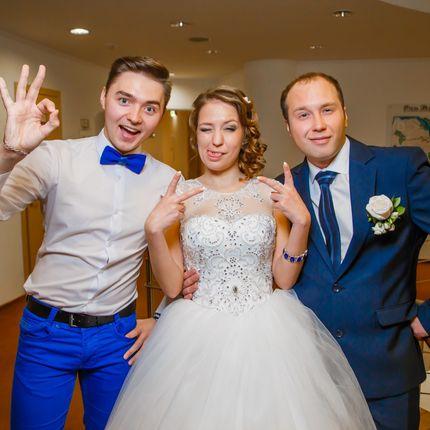 Проведение свадьбы, 4 часа и диджей, 5 часов