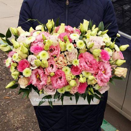 Деревянный ящик с живыми цветами (плотное наполнение)