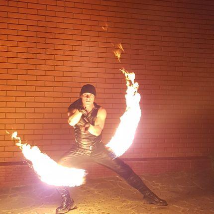 Огненно-пиротехническое шоу Гладиатор