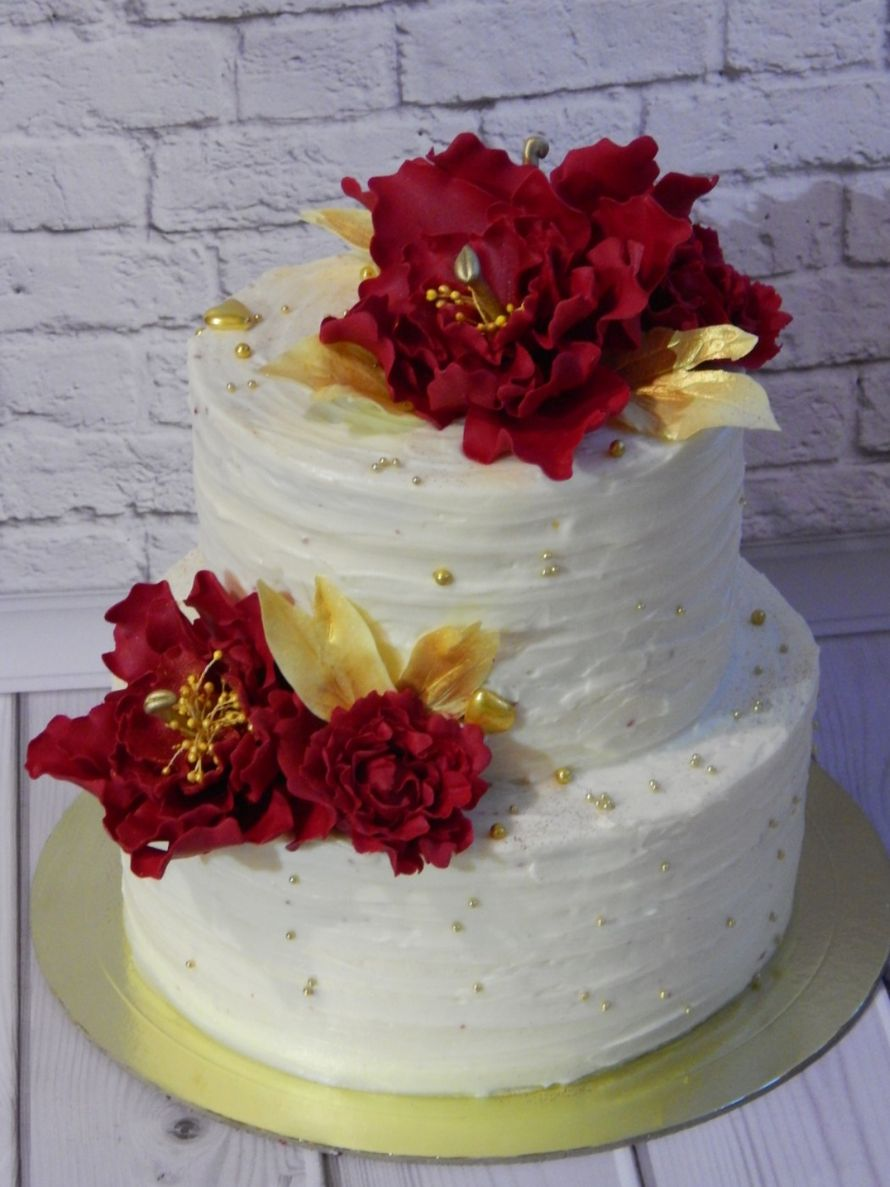 Свадебный кремовый торт