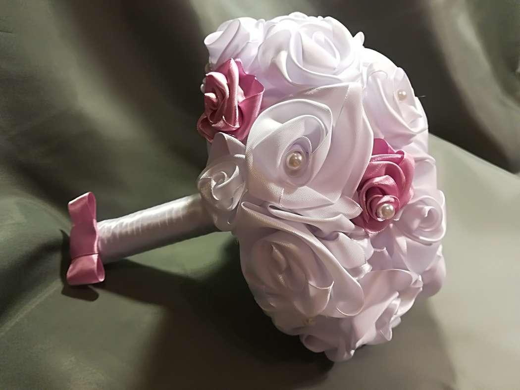 Букет для гостей невесты из атласных лент фото, невесты