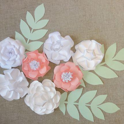 Декор из бумажных цветов Нежность