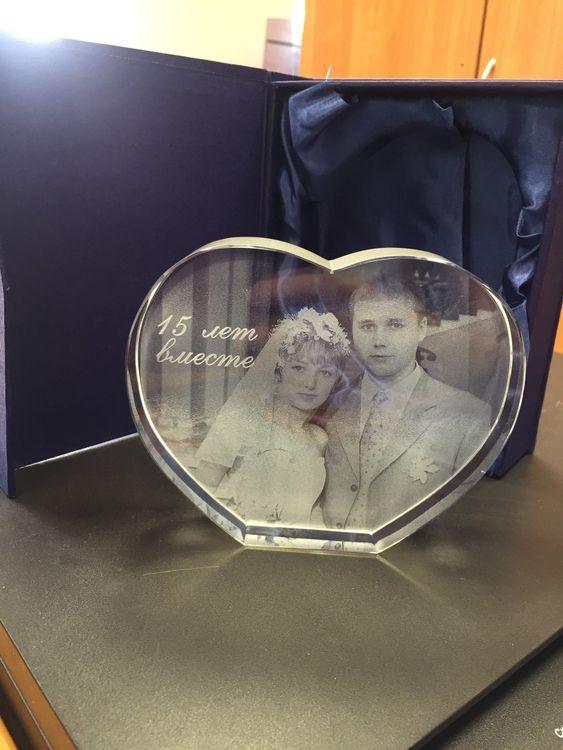 лазерное фото в стекле на заказ какой-то