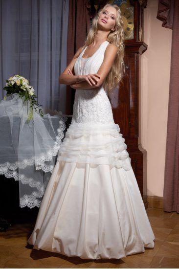 Фото 1383829 в коллекции Свадебные платья в наличии в Санкт-Петербурге - Свадебный салон Bridal Sisters