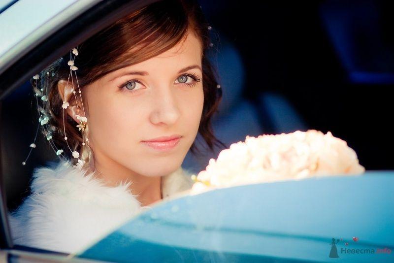 Романтический образ невесты выражен в прическе из распущенных - фото 51687 Sunny-Angel