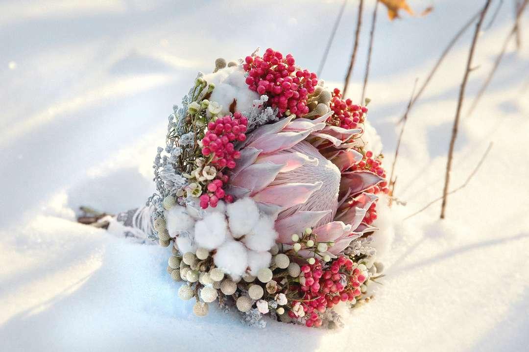 Букет мужчине, зимний свадебный букет тюльпанов купить украина